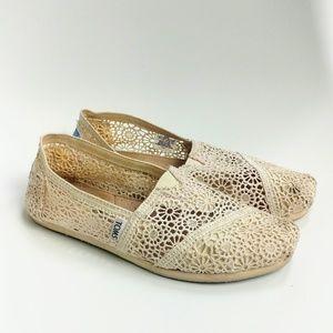 Toms classics cream lace flats shoes